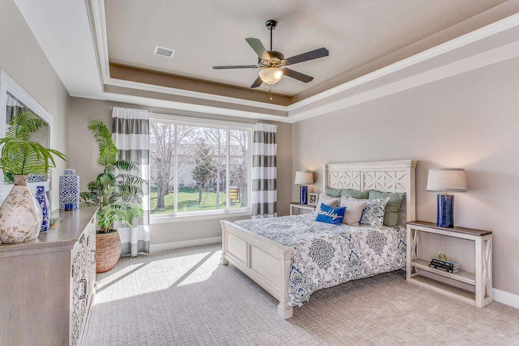736-Thornton-Ct-Wichita-KS-print-013-21-Master-Bedroom-2500x1667-300dpi